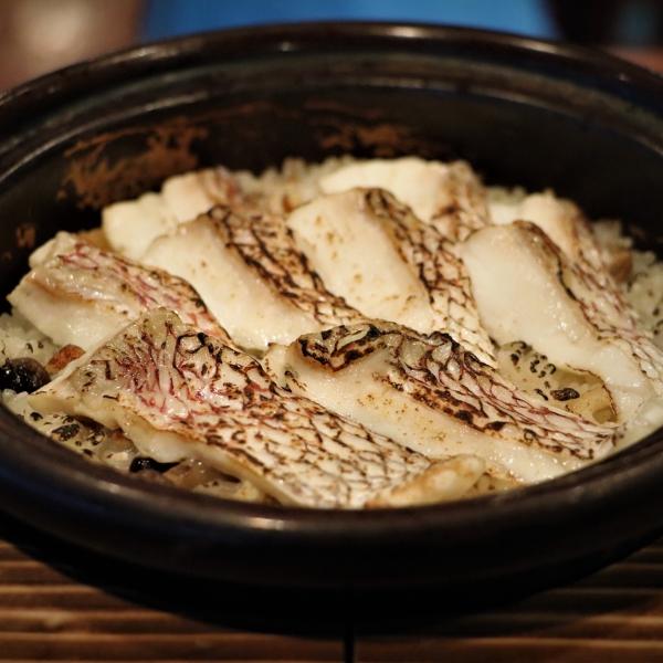 桜鯛の土鍋炊きご飯